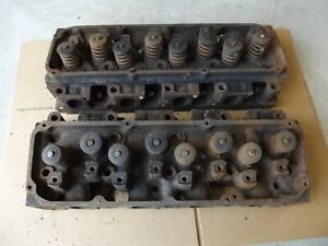 Ford 351 Cleveland V8 D5ae a Cylinder Heads Cores For Rebuild Pair With Valves
