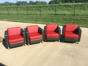 Set Of 4 Global Citi Faux Leather Lounge Chair Excellent Shape 7875 Bright Red