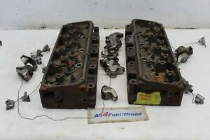 Ford 351 Cleveland Engine Heads Pare 2 Barrel Open Chamber w Rocker Arms D1ae