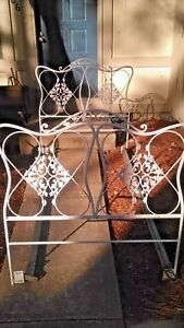 Vintage New Orleans Wrought Iron Rod Acorn Oak Leaf Trundle Bed Day Bed Twin
