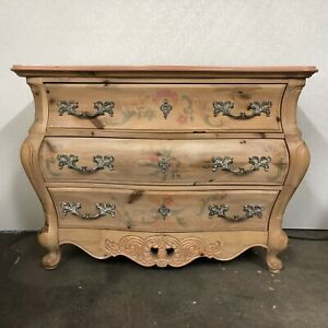 Pulaski French Louis Xv Style Wood Floral Painted Bombe Commode Chest Dresser