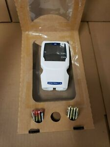 New In Box Smiths Medical Handheld Spectro2 10 Pulse Oximeter System Ww1000en