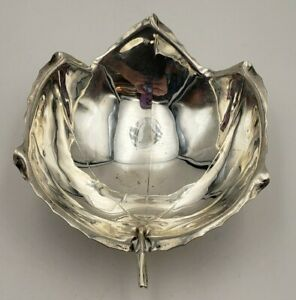 Beautiful Vintage Sterling Silver Sciarrotta Handmade Footed Leaf Bowl 6972