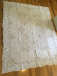 Vintage Linen Embroidered Tablecloth 64 X 80