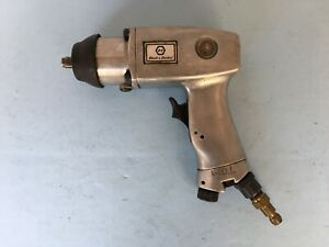 Black And Decker 3 8 Drive Pneumatic Impact Wrench Model 6532 Vintage Used