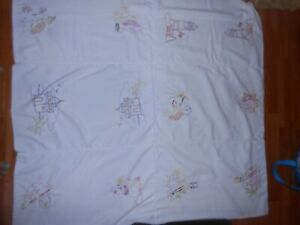 Vintage Blanket Hand Embroidered Stitch White Animal Theme