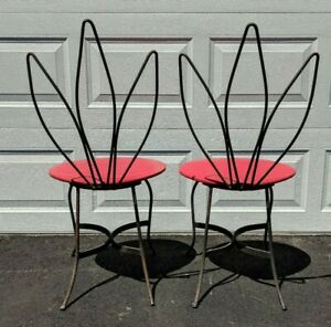 Pair Salterini Palm Leaf Iron Bistro Patio Chairs Mid Century Hollywood Modern
