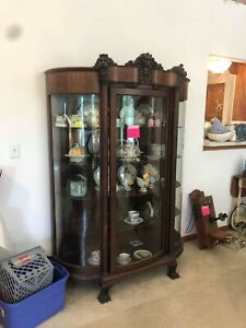 Antique Oak Curved Glass China Cabinet 1900 S Carved Lion Heads