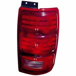 For Ford Expedition 1997 1998 1999 2000 2001 2002 Tail Light Right Passenger