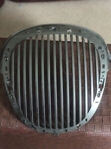 1999 2000 2001 2002 2003 2004 Jaguar S Type Grille Only