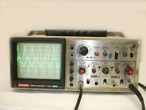 Hitachi V 422 2 channel 40 Mhz Oscilloscope