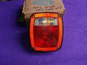 Vintage Ford Nos Sae Airst 87 Truck Trailer Stop Turn Backup Signal Tail Light