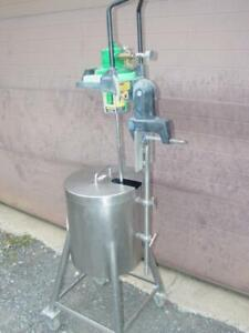 Stainless Steel Portable Mix Tank 17 Gallons Vektor Mixer