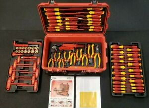 Wiha 32800 Insulated Electrical Tool Set Rolling Case