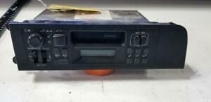 1992 Volvo 240 740 Factory Radio 1398464 1