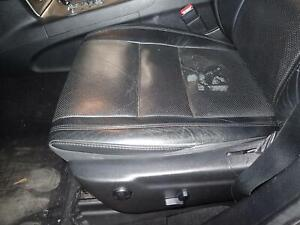 11 12 Grand Cherokee Left Front Seat Track Only Bucket Electric