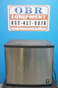 Manitowoc Half Dice Ice Machine Maker Air cooled Production 810 Lbs Ice Day