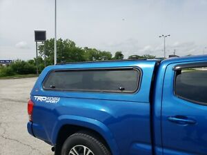Leer Topper Tacoma Toyota 2017 Cap Long Bed Blazing Blue Thule