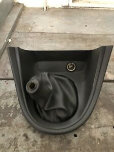 2000 04 Ford Mustang Saleen Leather Shift Boot With Bezel