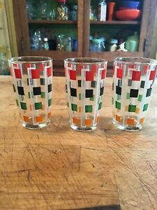 Art Deco Style Small Juice Glasses Set Of 3 Geometric Design Vintage 3 3 4 Inch