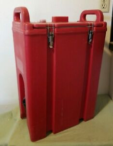 Cambro 5 Gallon Red Insulated Beverage Carrier Dispenser Hot Cold Coffee Tea