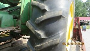 John Deere 2010 Tractor Pair Of 13 6 X 28 Rims And Tires