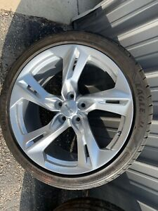 2019 Ss Chevy Camaro Wheel And Tire Front Oem Factory Goodyear Eagle 245 40zr20