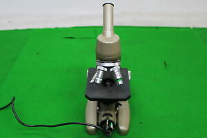 Vickers Instruments Microscope M14 2 Patent No 877813 comes With 2 Objectives