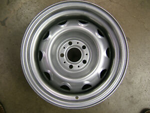 Mopar Small Bolt Pattern Rally Wheel 14 x7 Dodge Plymouth