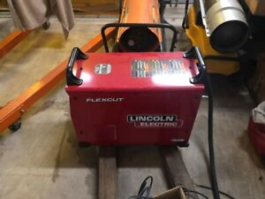 Lincoln Electric Flexcut 125 Plasma Cutter new