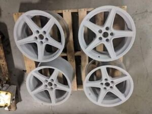 1999 04 Ford Mustang Oem Saleen Staggered Wheels