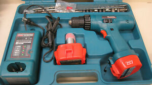 Makita Cordless Drill Screwdriver W 2 Batteries 1200 1222 Dc1414 Charger Case