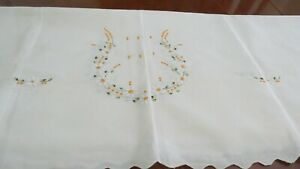Beautiful Vintage Embroidered Linen Tablecloth 86 X 52 In Ivory With Flowers