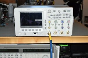 Agilent Mso6104a Mixed Digital Signal Oscilloscope 1ghz 4gs s 4 Channel 8mpts