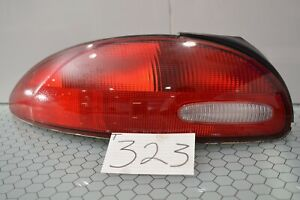 98 99 00 01 Chrysler Concorde Driver Side Tail Light Used Rear Lamp 323 t