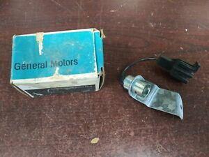Nos Gm 77 88 Chevy Buick Olds Caddy Pontiac Rear Compartment Trunk Lamp 20001940