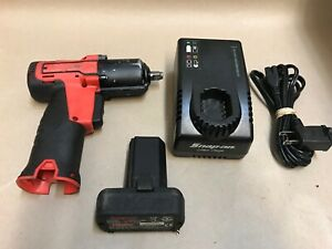 Snap on 14 4 V 3 8 Drive Microlithium Cordless Impact Wrench Kit Ct761ao Ct761