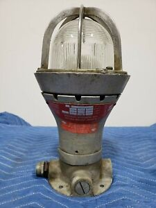 Appleton A 51 Vented Explosion Proof Lighting Fixture