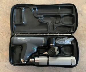 Welch Allyn Diagnostic Set 118 Series Panoptic Ophthalmoscope Standard Otoscope