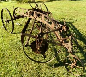New Idea Hay Rake R99 Large Iron Wheels And 2 Small Swivel Gears Steampunk