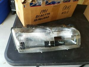 Nos Gm Chevy 1991 Beretta Headlight Head Light Headlamp Rh