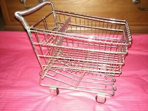 Small Metal Shopping Cart Realistic W rolling Wheels Display Basket Doll Toy Vgc