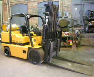 12 500 Lb Cat Forklift 10 6 Actual Lift Height 2 Stage 5 Fork Length