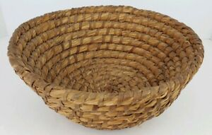 Vintage Hand Woven Coiled Rye Grass Round Primitive Gathering Basket Farm House