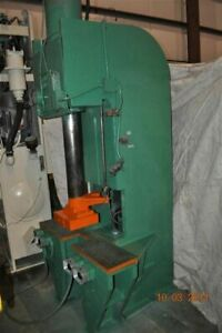 25 Ton Hannifin Hydraulic Press 24 Stroke 29 Daylight 5 Cylinder Diameter 4