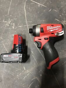 New Milwaukee 2553 20 M12 12v Fuel 1 2 Brushless Impact Drill Driver 4 0 Battery