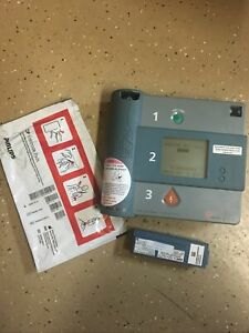 Philips Forerunner Fr1 Aed With Battery And Pads