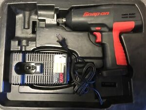 Snap on Ct3850 Cordless 1 2 Drive 18 v Impact Wrench Tool And Charger Only