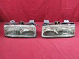 Nos Oem Chevrolet Corsica Headlamp Light 1990 96 Pair
