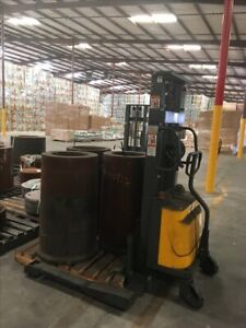 Northern Industrial Tools Ctd10b Electric Stacker B40149